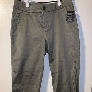 Liverpool cropped Olive green pants